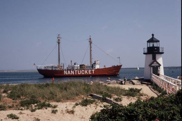 Nantucket Lightship Rounding Brant Point