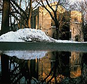 275_McCosh_Hall_In_Winter.jpg